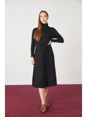 Kemer Detay Akrilik Triko Elbise