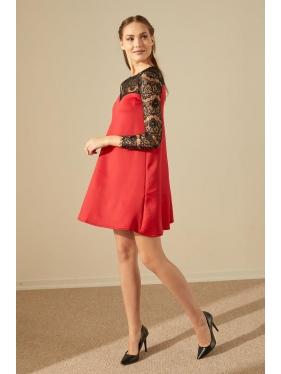 Dalgıç Kumaş Güpür Elbise